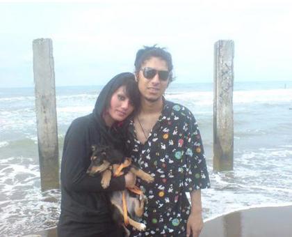 رضا پیشرو و همسر سابقش